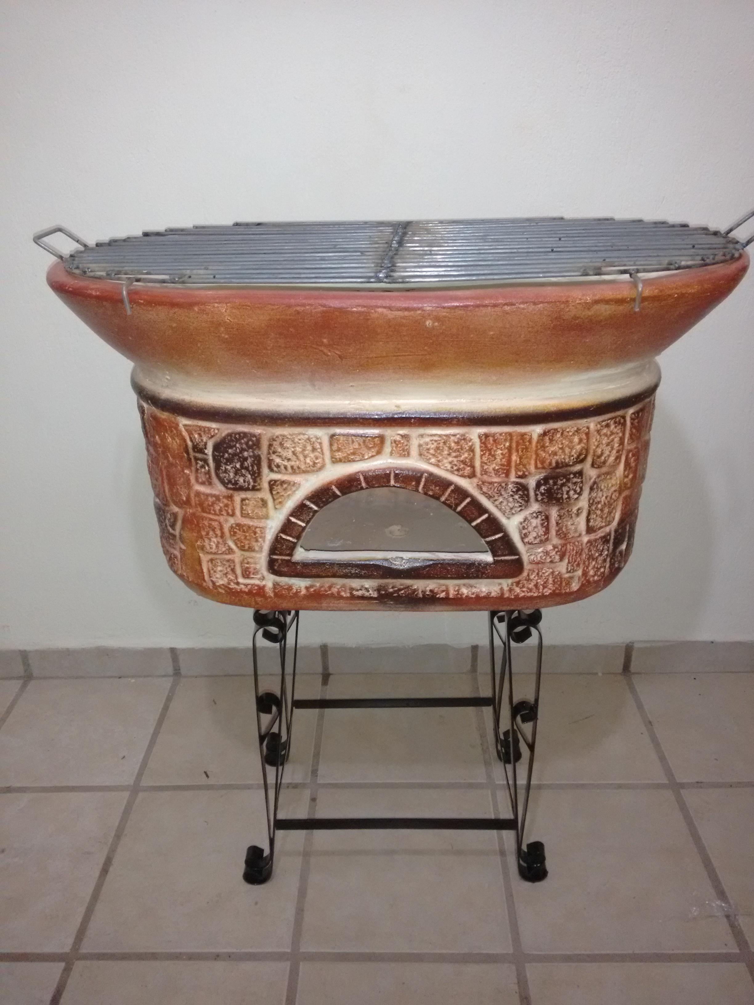 Asadores de barro/Clay BBQs